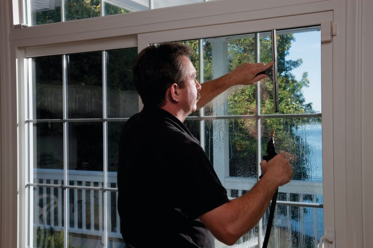 What You Need to Know About Installing Window Tint to Your Dallas Property